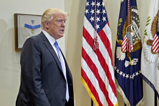 """Imaginea articolului VIDEO Donald Trump, despre ingerinţele ruse în alegerile prezidenţiale: """"Nu am mai sunat în Rusia de zece ani"""" - Los Angeles Times"""