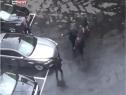 Imaginea articolului O înregistrare VIDEO surprinde ieşirea Theresei May din Parlament în momentul atentatului