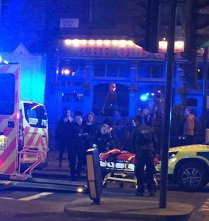 FOTO, VIDEO PANICĂ la Londra: O maşină a intrat noaptea trecutp în trecătorii de lângă un club. Mai multe VICTIME