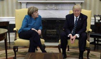 """Abia acum s-a aflat! De ce n-a vrut Trump să dea mâna cu Merkel. Berlinul consideră situaţia """"REVOLTĂTOARE"""""""