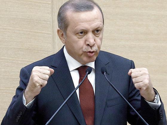 Imaginea articolului Serviciile secrete din Turcia SPIONEAZĂ obiective ale comunităţii turce din Germania. Erdogan îl VIZEAZĂ pe clericul disident Fethullah Gülen