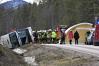 Imaginea articolului FOTO ACCIDENT GRAV în Suedia: Trei morţi după ce un autobuz în care se aflau 50 de elevi s-a răsturnat pe şosea