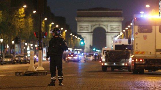 Imaginea articolului Bărbat suspectat de implicare în atacul din Paris, anchetat în BELGIA/ Ministrul belgian de Interne: Stat Islamic a oferit un nume fals al atacatorului din Paris