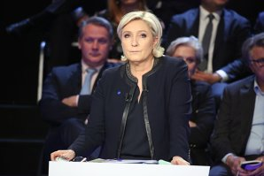 RĂSTURNARE DE SITUAŢIE. Marine Le Pen, candidat la preşedinţia Franţei,…