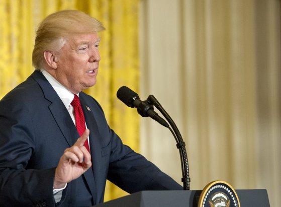 """Imaginea articolului Donald Trump a anunţat că Statele Unite nu se vor retrage din NAFTA """"în acest moment"""""""