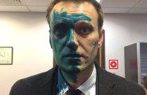 FOTO, VIDEO Un nou ATAC la adresa lui Aleksei Navalnîi. Opozantul lui Putin, la SPITAL