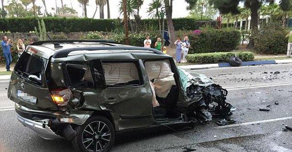 Imaginea articolului Doi britanici, reţinuţi după ce au intrat cu maşina într-un grup de oameni în Marbella. 8 pietoni, răniţi