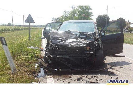 Imaginea articolului Doi români au murit, iar trei au fost răniţi grav într-un accident rutier produs în Italia