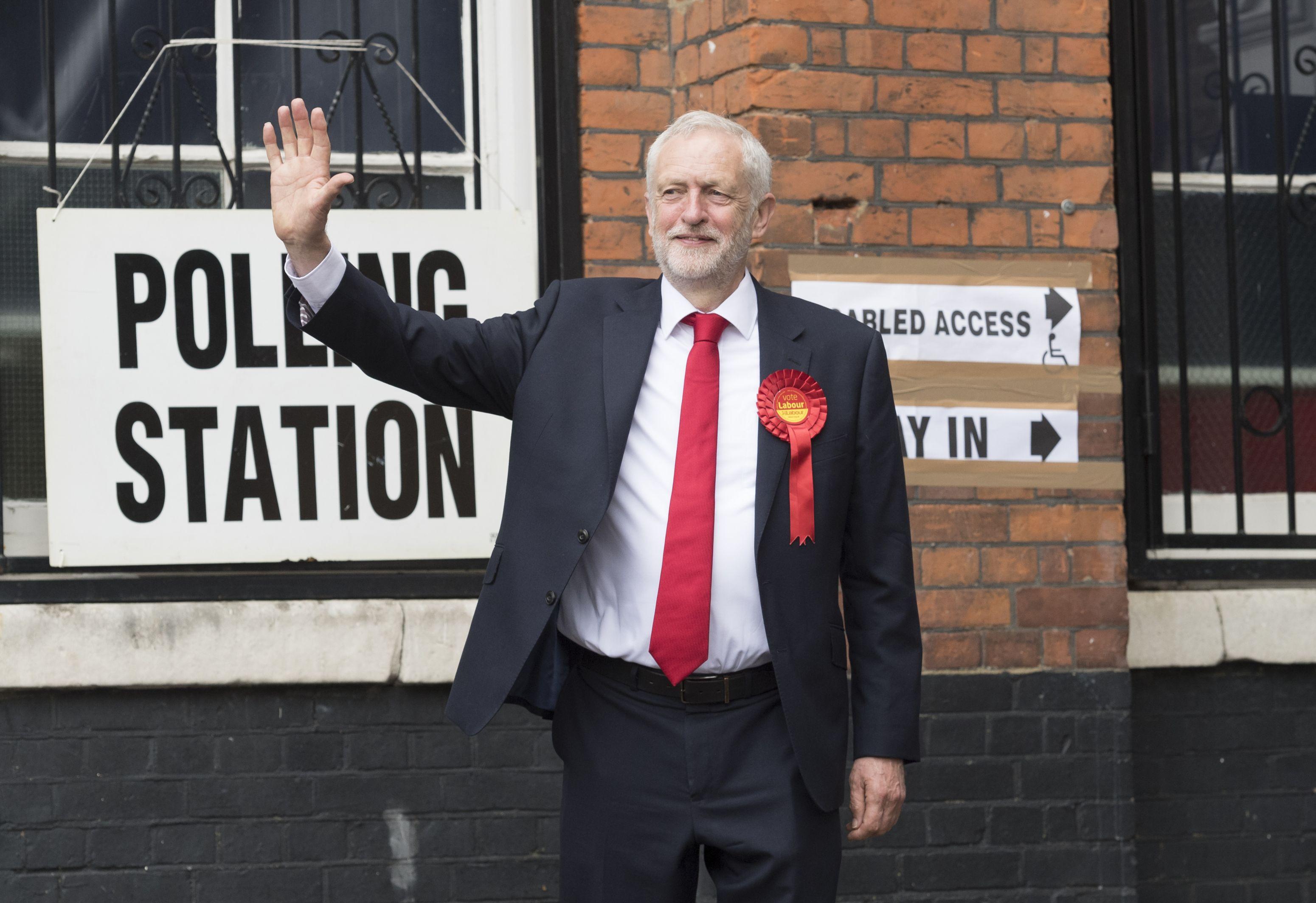Jeremy Corbyn, preşedintele Partidului Laburist din Marea Britanie, viitor prim-ministru?  `Am şanse să devin`