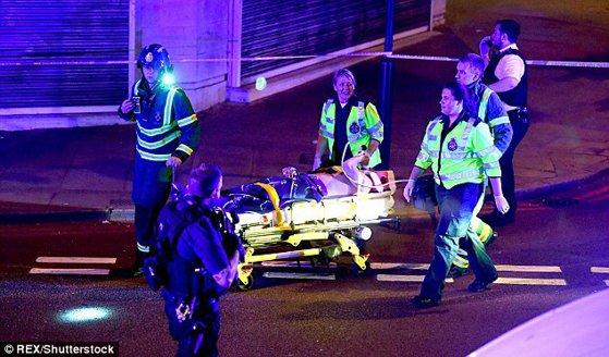 Imaginea articolului ATACUL de la Londra: Bărbatul vinovat de incidentul rutier nu era cunoscut serviciilor de securitate