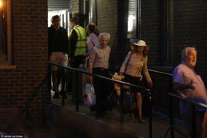 FOTO, VIDEO | Mii de persoane din Londra, EVACUATE din…