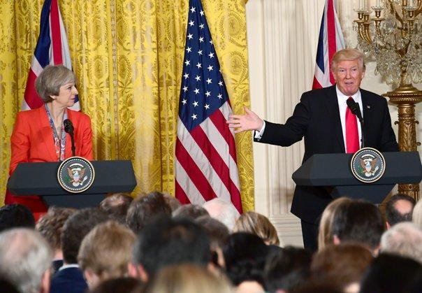 Imaginea articolului Înaltul Comisar al ONU pentru Drepturile Omului i-a criticat pe Theresa May şi Donald Trump: Pericolele pentru întregul sistem al dreptului internaţional sunt foarte reale