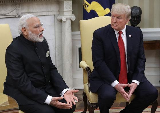 """Imaginea articolului Mike Pence: Donald Trump a avut o întrevedere """"productivă"""" cu premierul indian, Narendra Modi. Relaţia SUA - India are """"importanţă strategică"""""""