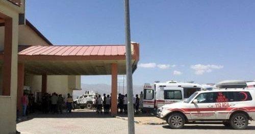 Imaginea articolului Cel puţin 17 persoane au fost rănite în urma exploziei unui vehicul militar în Turcia
