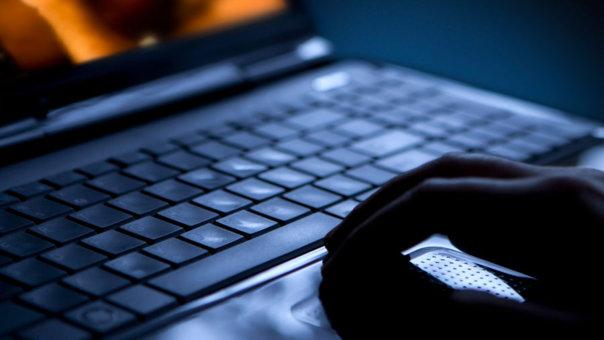 """Imaginea articolului Două importante site-uri ale """"pieţei negre"""" a internetului au fost închise"""