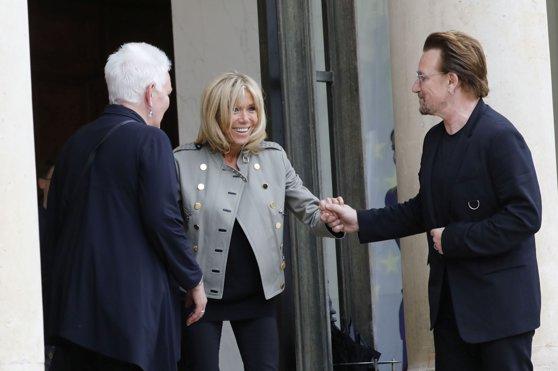 Imaginea articolului Brigitte Macron şi Bono de la U2 s-au întâlnit la Elysee pentru a găsi soluţii la problema sărăciei la nivel mondial