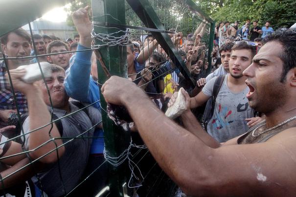 Imaginea articolului Relocarea imigranţilor din Grecia şi Italia către alte state UE a atins un nivel record în iunie