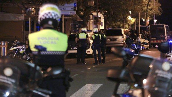 Imaginea articolului FOTO, VIDEO | Un al DOILEA atac terorist a fost oprit de poliţia spaniolă, la câteva ore după atentatul de la Barcelona/ Centurile cu explozibil erau false