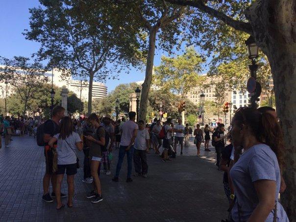 Imaginea articolului FOTO, VIDEO | O femeie a SUPRAVIEŢUIT după trei atacuri TERORISTE în care a fost surprinsă: cel din Barcelona, masacrul de la London Bridge şi atentatul de la Notre Dame