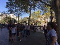 FOTO, VIDEO | O femeie a SUPRAVIEŢUIT după trei atacuri TERORISTE în care a fost surprinsă: cel din Barcelona, masacrul de la London Bridge şi atentatul de la Notre Dame