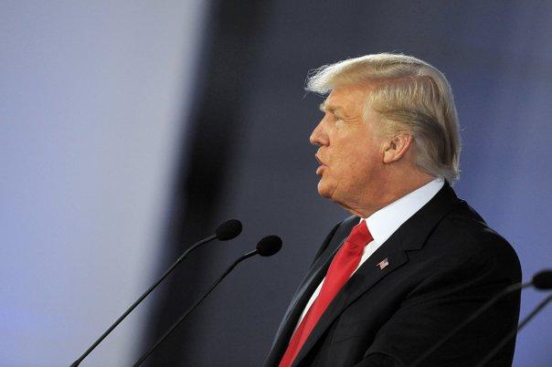 """Imaginea articolului Donald Trump: """"Terorismul islamic trebuie oprit prin orice mijloace"""""""