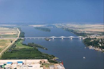 Un nou pod va lega România de una dintre ţările vecine. Construcţia, imperativă din cauza traficului intens, care s-a dublat în ultimii ani