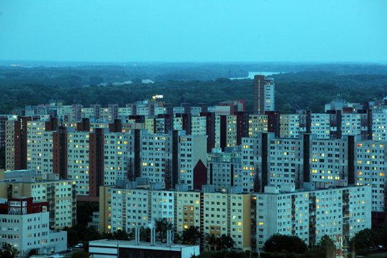 """Imaginea articolului Bloomberg: Capitalul occidental """"a colonizat"""" Europa de Est / Mesajele naţionaliste vin prea târziu"""