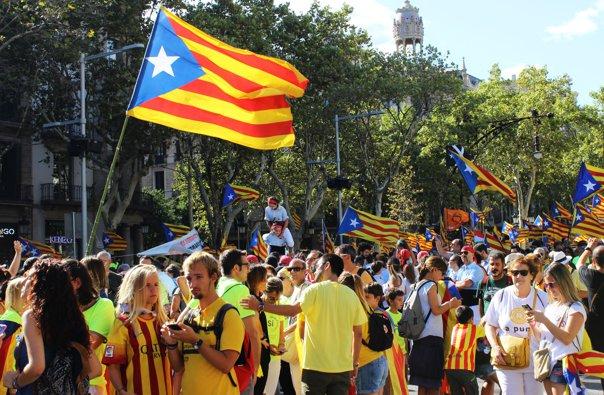 Imaginea articolului Spania a preluat controlul asupra finanţelor Guvernului Cataloniei, iar 12 persoane au fost reţinute