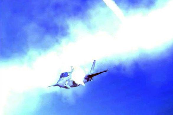 IMAGINI trucate cu un bombardier şi un portavion ale SUA în flăcări, date publicităţii de Coreea de Nord