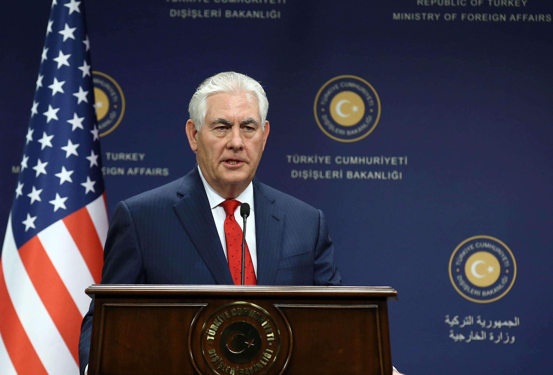 Rex Tillerson s-a consultat cu Marea Britanie, Franţa, China şi Rusia în privinţa Iranului