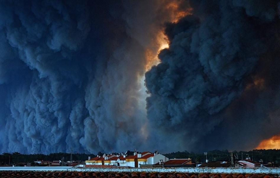 Se prelungeşte codul ROŞU de incendii în Portugalia