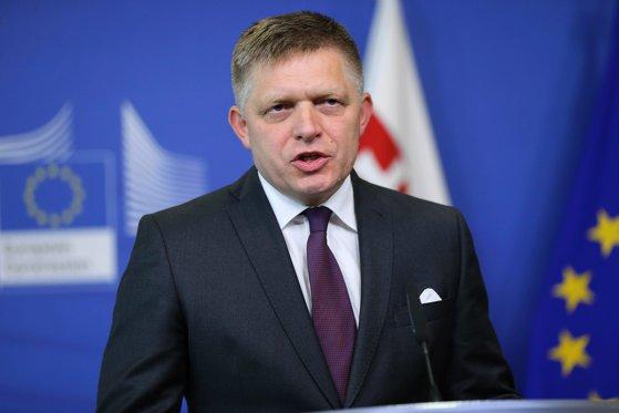 Imaginea articolului Premierul Fico: Slovacia a devenit o insulă proeuropeană în regiune / Reacţia, după ce ANO, partid antiimigraţie şi eurosceptic, a câştigat algerile în Cehia