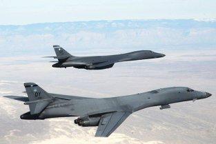 LOVITURĂ. Pentru prima dată după Războiul Rece: SUA plasează BOMBARDIERELE nucleare în alertă