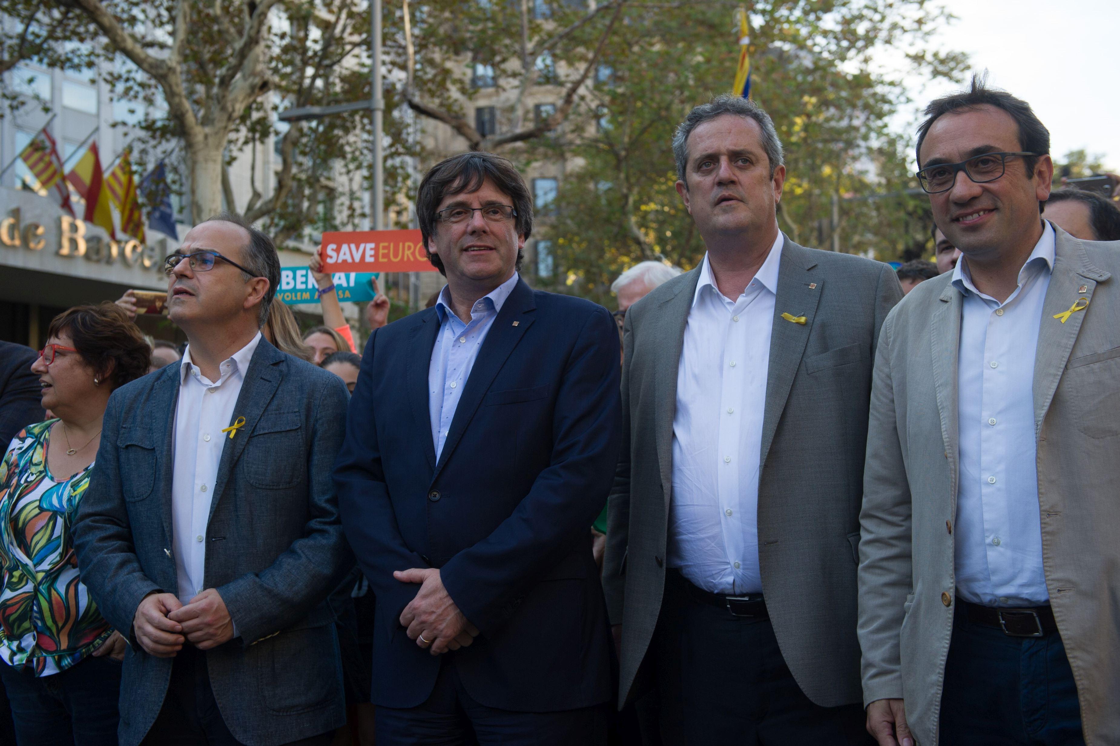 CRIZA din Catalonia: Premierul Carles Puigdemont refuză să dea explicaţii pe tema independenţei în faţa Senatului Spaniei
