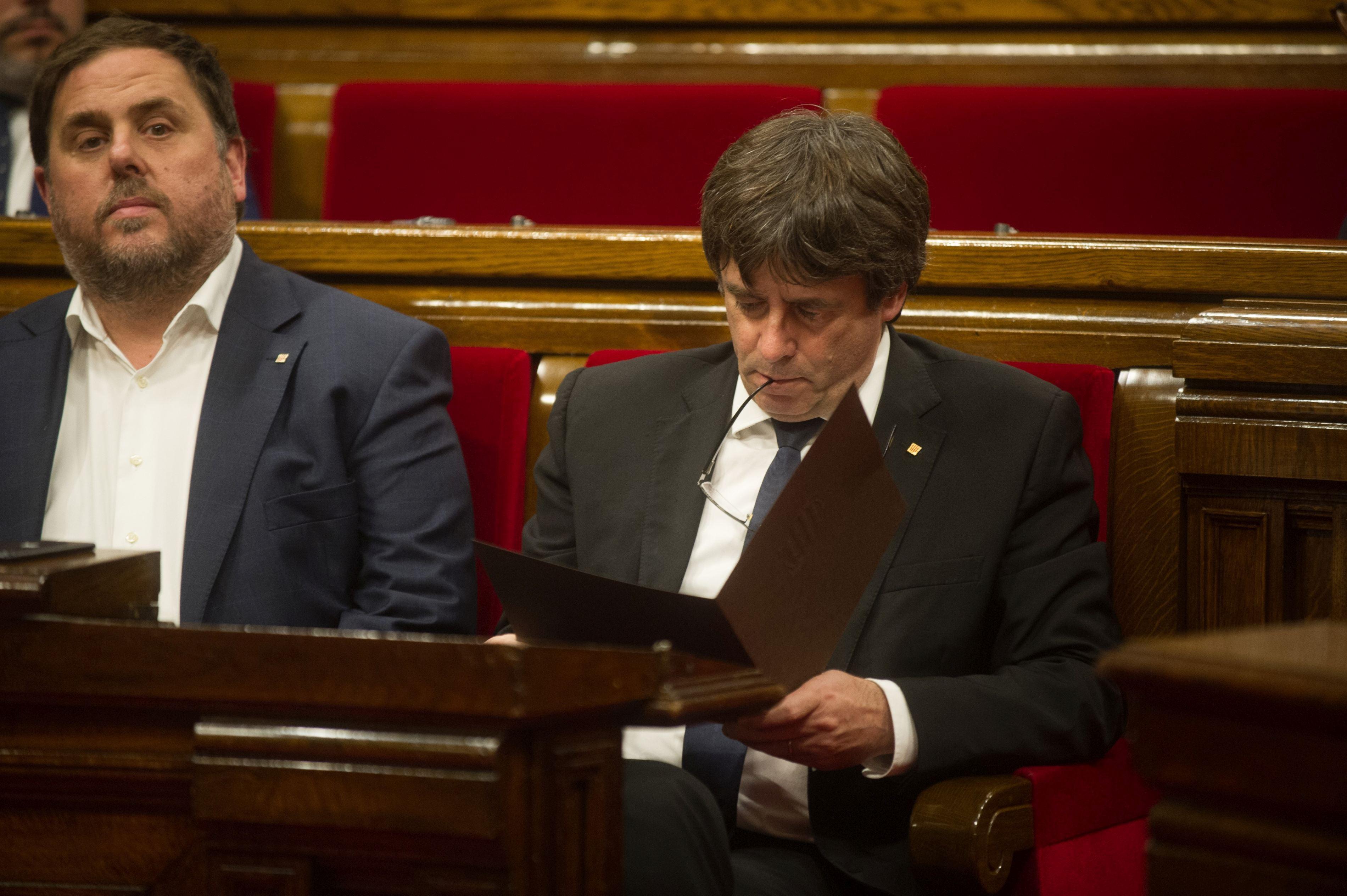 Carles Puigdemont şi-a anulat discursul în care voia să anunţe organizarea de alegeri anticipate: Am luat în calcul alegerile anticipate, dar nu am primit garanţii de la Madrid