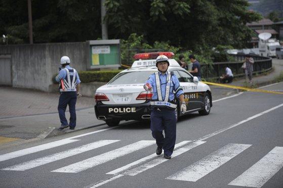 Imaginea articolului Un tânăr de 27 de ani, arestat în Tokyo, după descoperirea la domiciliul său a nouă cadavre, dintre care două decapitate / Ce le-a spus poliţiştilor