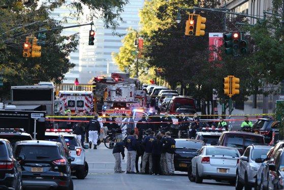 Imaginea articolului Atac la New York | Cine este atacatorul şi ce au găsit poliţiştii în maşina acestuia / Poliţia susţine că atentatul a fost comis în numele reţelei Stat Islamic VIDEO