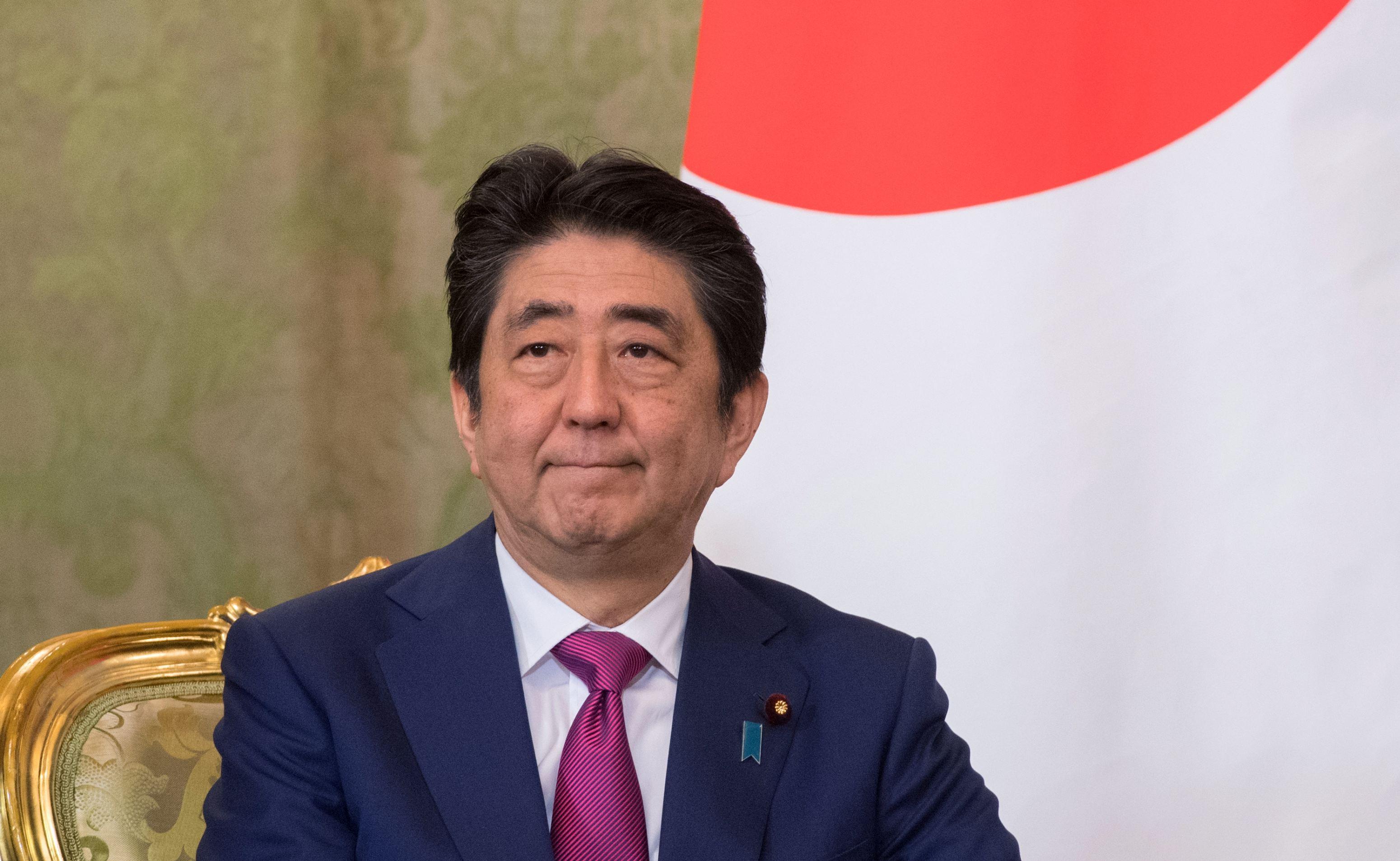 Shinzo Abe, reales premier al Japoniei / Abe stabileşte un nou record în istoria ţării de după Al Doilea Război Mondial