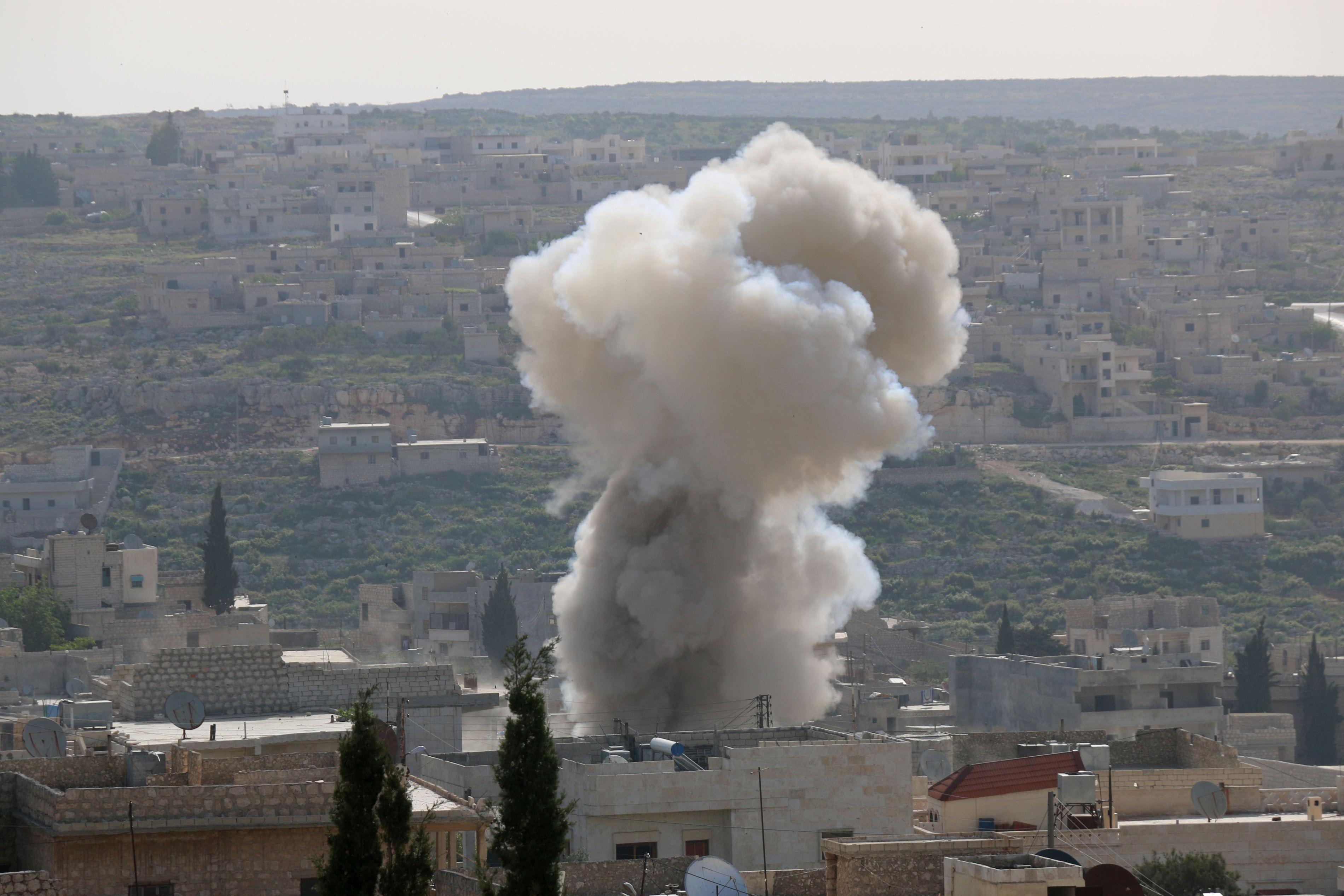 Bombardiere ruse au atacat poziţii teroriste din Siria