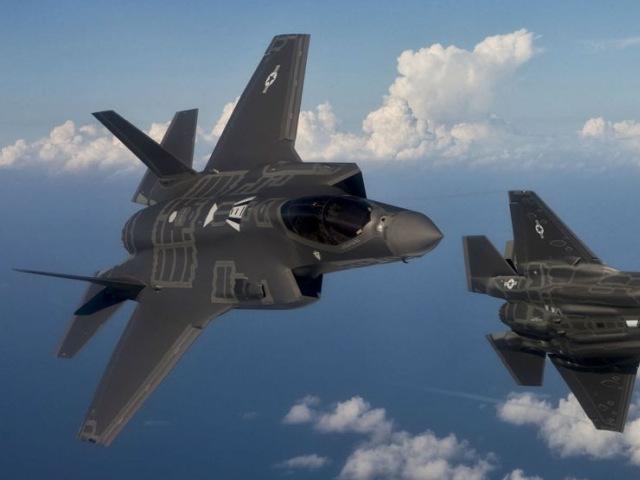 Avioane militare israeliene au atacat obiective din Siria - surse
