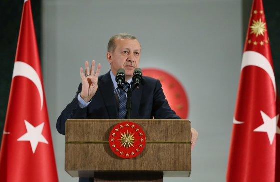 Imaginea articolului Recep Tayyip Erdogan: Turcia va distruge toate celulele teroriste din Irak şi din Siria