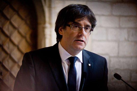 Imaginea articolului Fostul premier catalan, ANUNŢ surprinzător de la Bruxelles:  Sunt pregătit să candidez la alegerile din 21 decembrie/ Spania a emis un mandat european de arestare pe numele lui