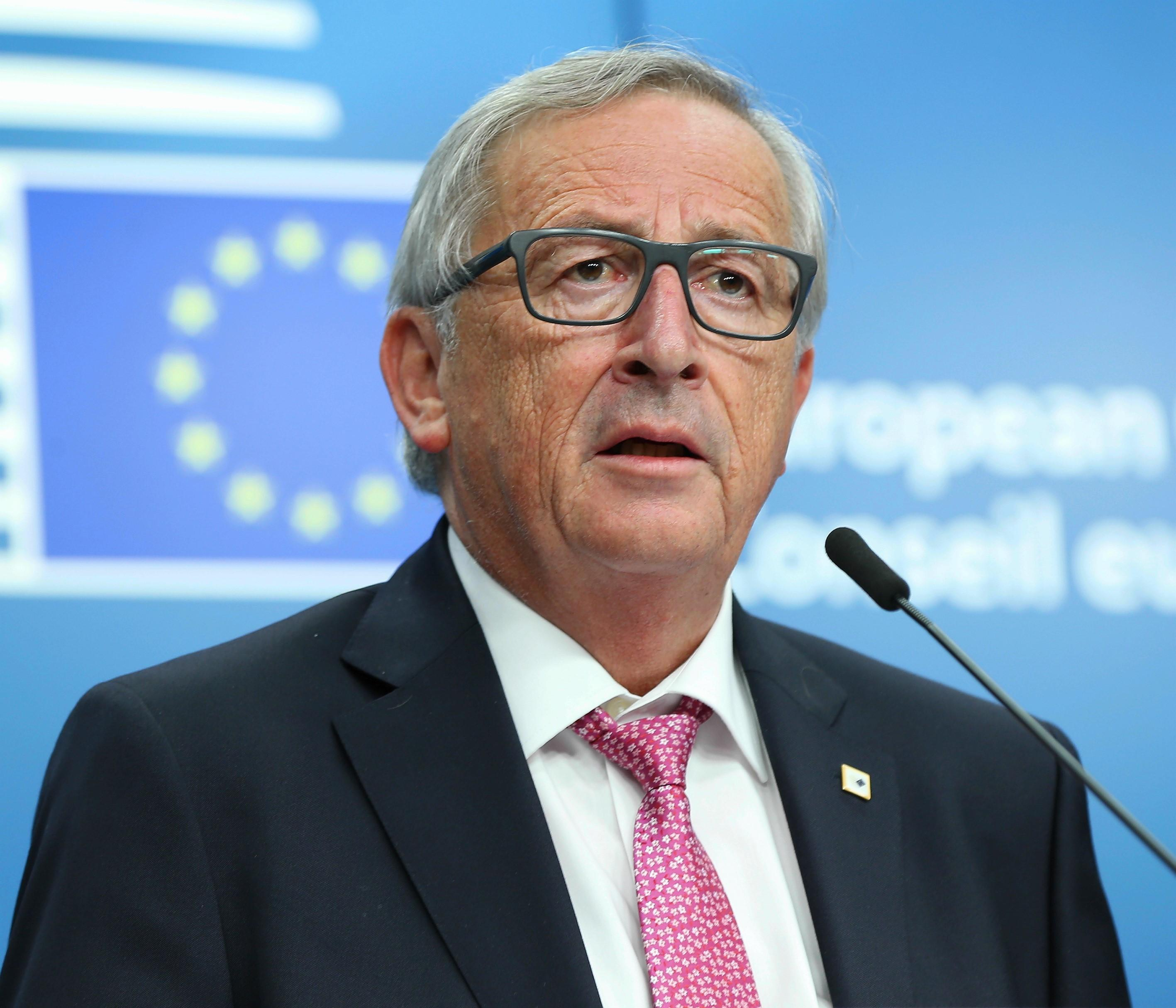 Jean-Claude Juncker îndeamnă naţiunile Europei să respingă naţionalismul şi separatismul