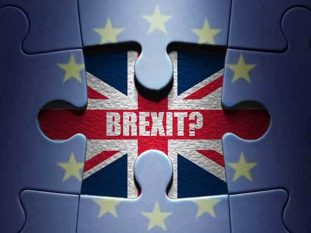 Scrie negru pe alb | La ce dată şi oră va ieşi Marea Britanie din Uniunea Europeană
