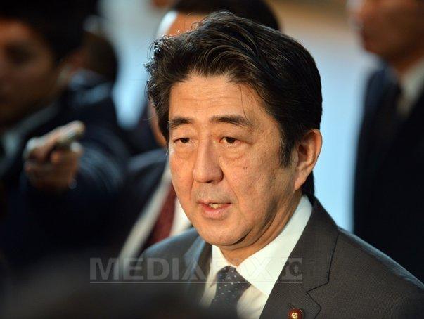Shinzo Abe, premierul japonez, insistă că este prea devreme pentru o soluţie diplomatică în problema nord-coreeană