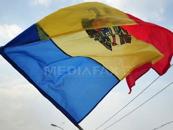 Introducerea limbii române în Constituţia Republicii Moldova, avizată pozitiv de două comisii parlamentare