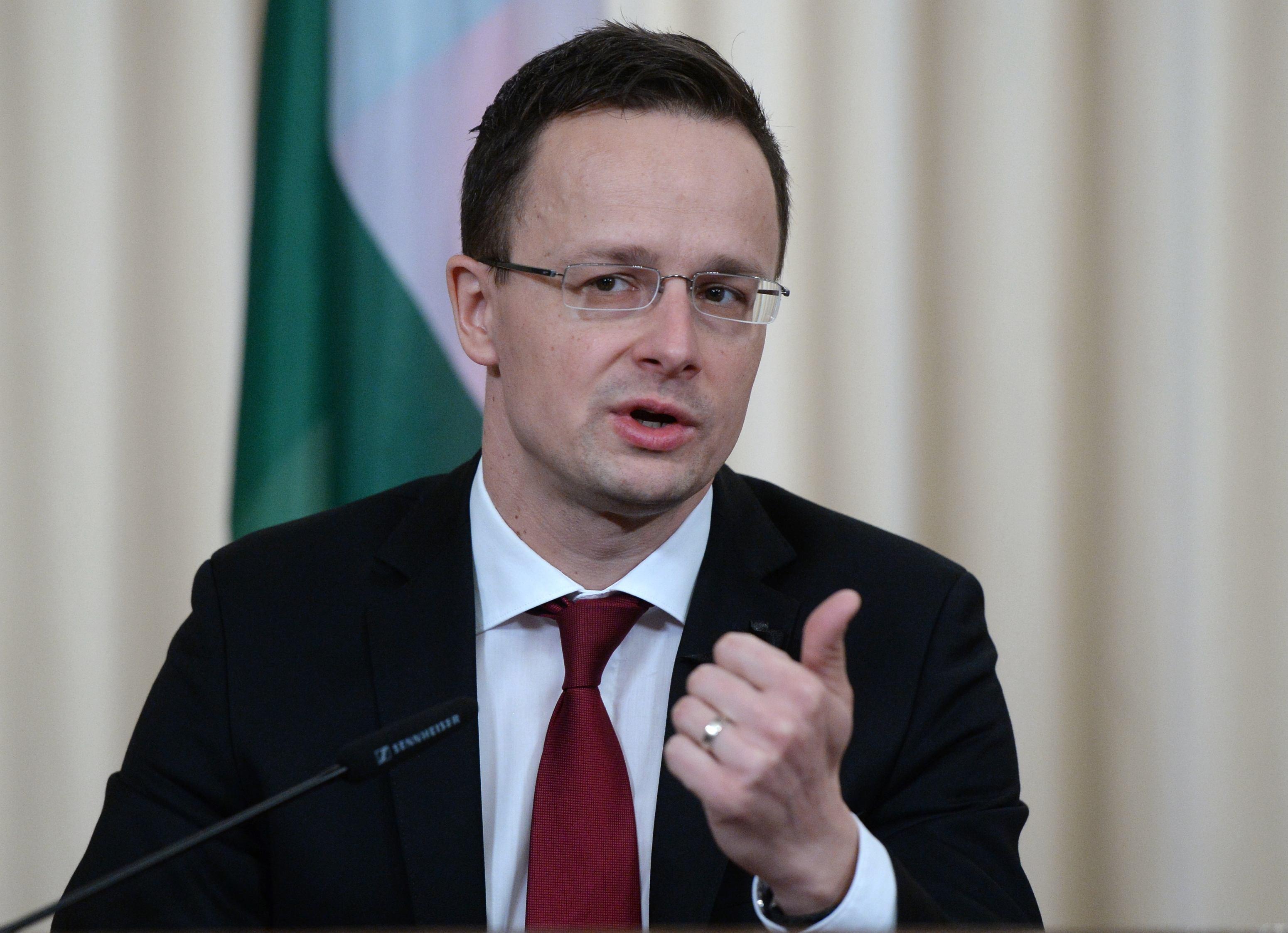Peter Szijjarto susţine că SUA încearcă să se implice în afacerile interne ale Ungariei