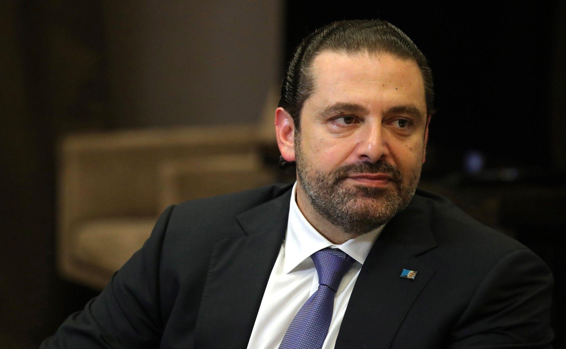 Premierul demisionar al Libanului a acceptat invitaţia lui Macron de a merge la Paris