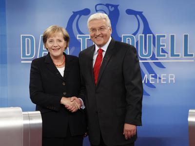"""Imaginea articolului CRIZA politică din Germania: Preşedintele Steinmeier, apel la continuarea negocierilor pentru formarea unei coaliţii/ Angela Merkel cere """"stabilitate"""", dar, în cazul alegerilor anticipate, va candida din nou"""
