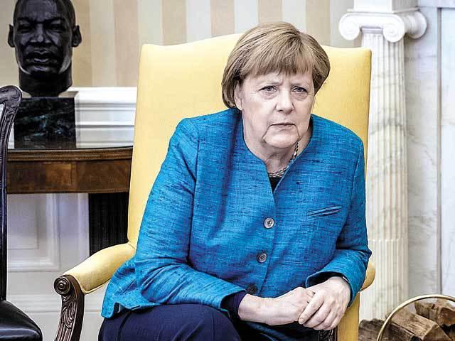 Bloomberg: Eşecul Angelei Merkel de a forma guvernul reprezintă un dezavantaj pentru Theresa May